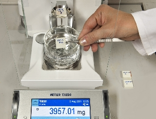 Precision scales for determination of density